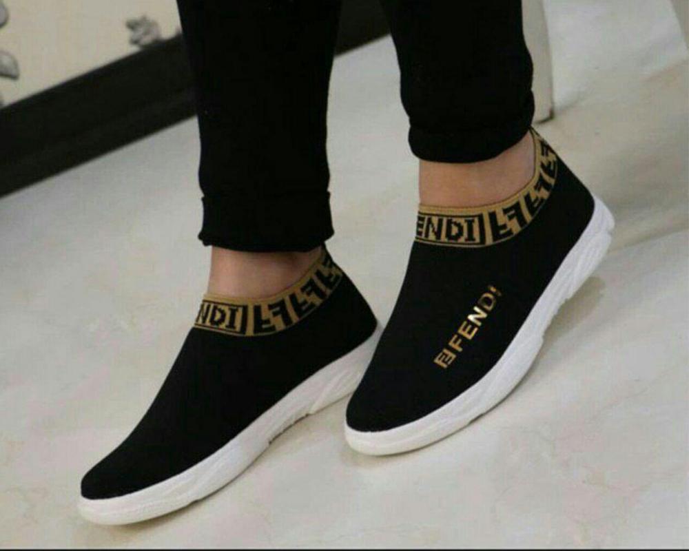 کفش مدل فندی
