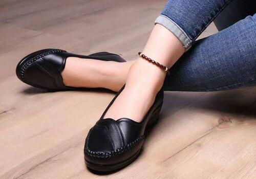 فواید کفش طبی برای سلامت پا و کمر